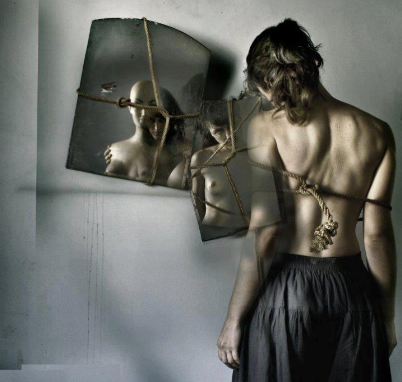 Resultado de imagen de mujer espejo